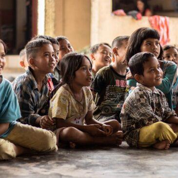 La Crema Kaffe Donation to Educate Children